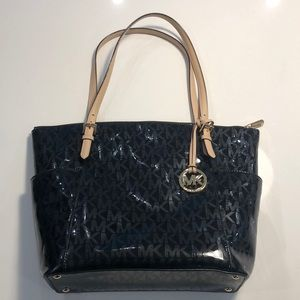 NWOT patten leather Michael Kors tote